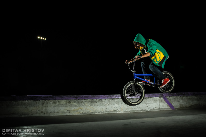 Skatepark night shot photography other extreme  Photo