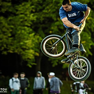 BMX Jumps and Tricks