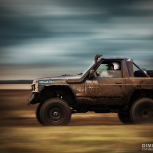 Jeep 4×4 in Offroad action