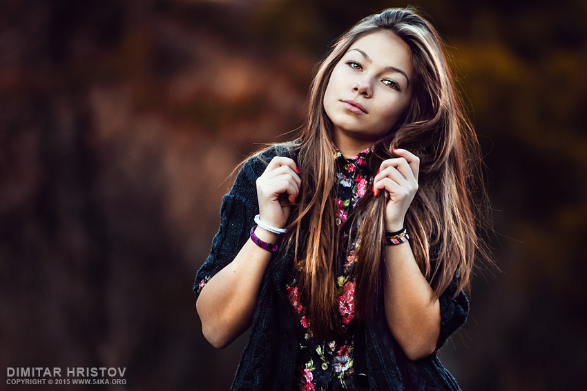 Sunny portrait of a girl photography portraits daily dose  Photo