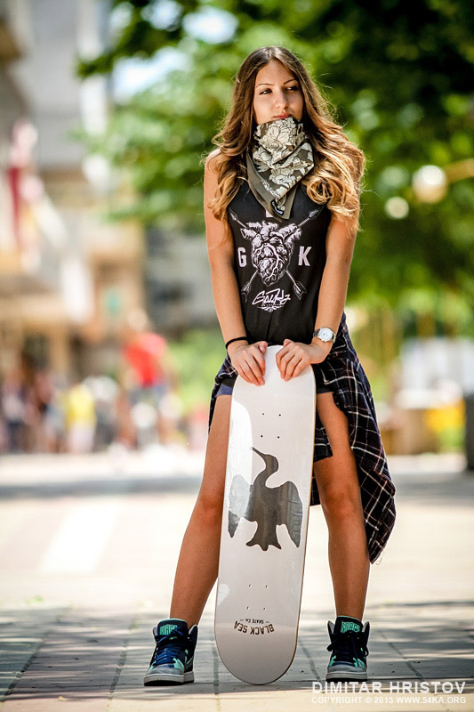 Young Hip Hop girl with skateboard photography portraits other  Photo