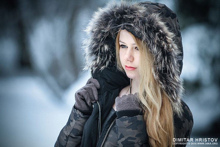 Beautiful girl winter portrait photography portraits daily dose  Photo
