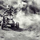 ATV 4×4 in Dust