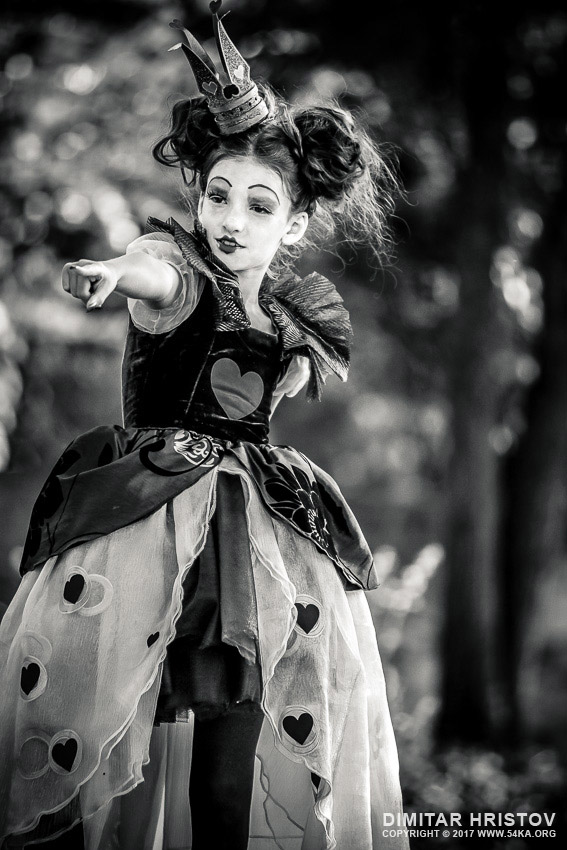 Alice in Wonderland �...