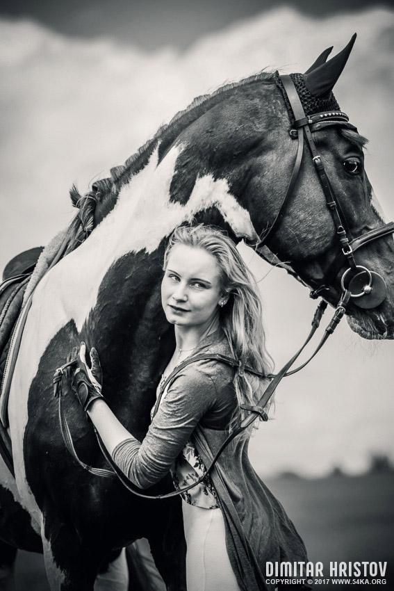 Girls Riding Horse In Beautiful Meadow 54ka Photo Blog