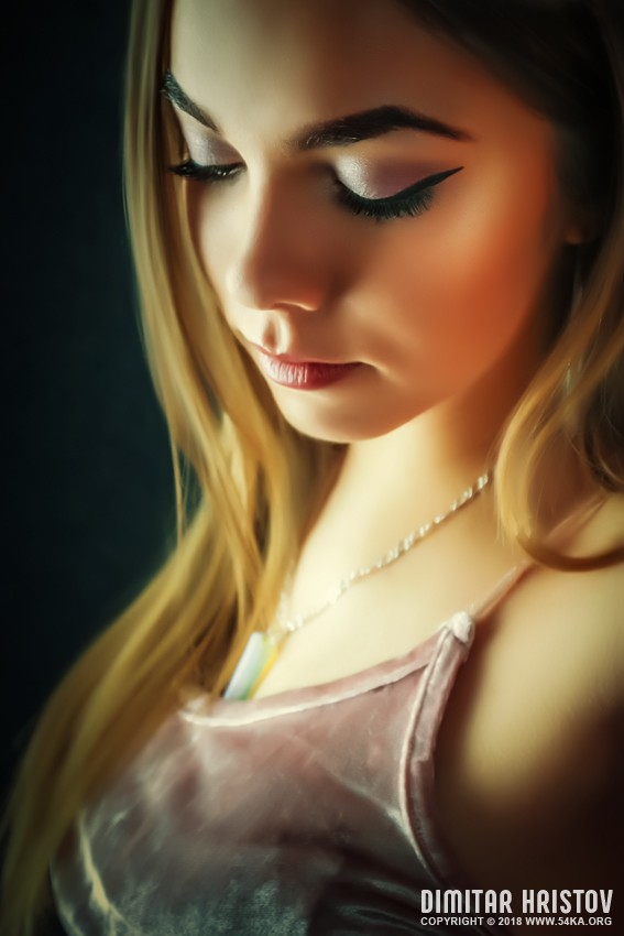 Gentle portrait of a girl with closed eyes photography portraits featured  Photo