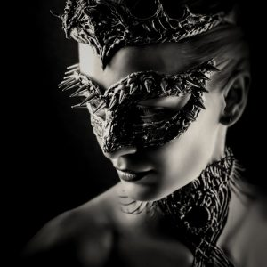 Dragon Queen – Vintage eye mask