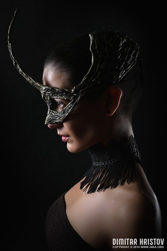 Portrait of girl with fashion dragon eye mask photography venetian eye mask featured fashion  Photo