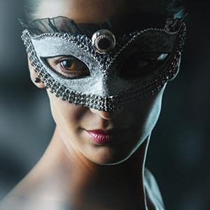 Beauty fashion mask – Closeup Beauty Portrait Fashion Model