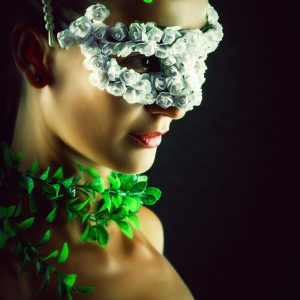 Flower Princess – Woman with masquerade carnival mask