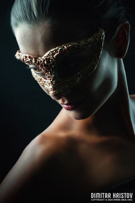 Beauty sensual portrait of a girl with mask photography venetian eye mask featured fashion  Photo