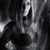 Black and white soft portrait – Fashion photography