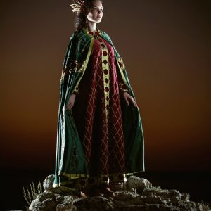 Keratsa-Maria – Royalness and Greatness